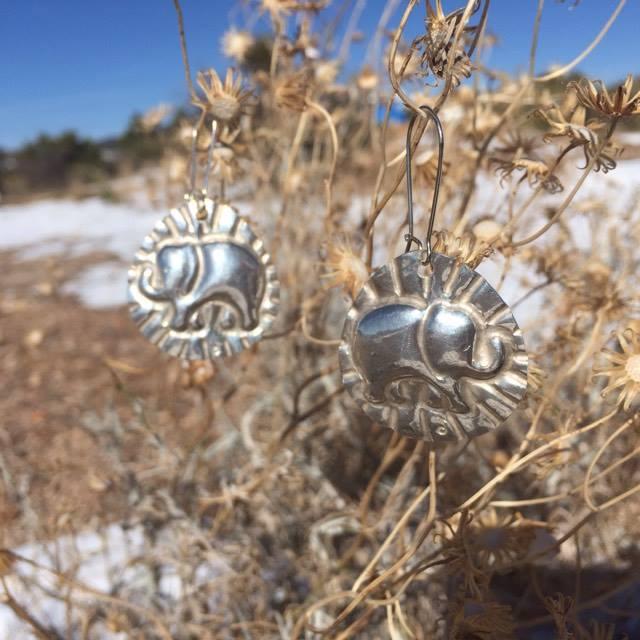 elephunk_silver_snow